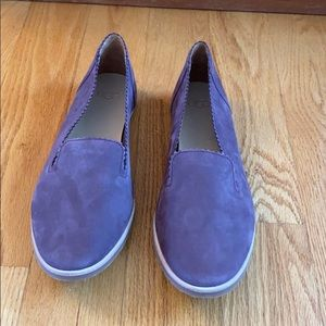 UGG Leather Purple Loafers Size 9.5